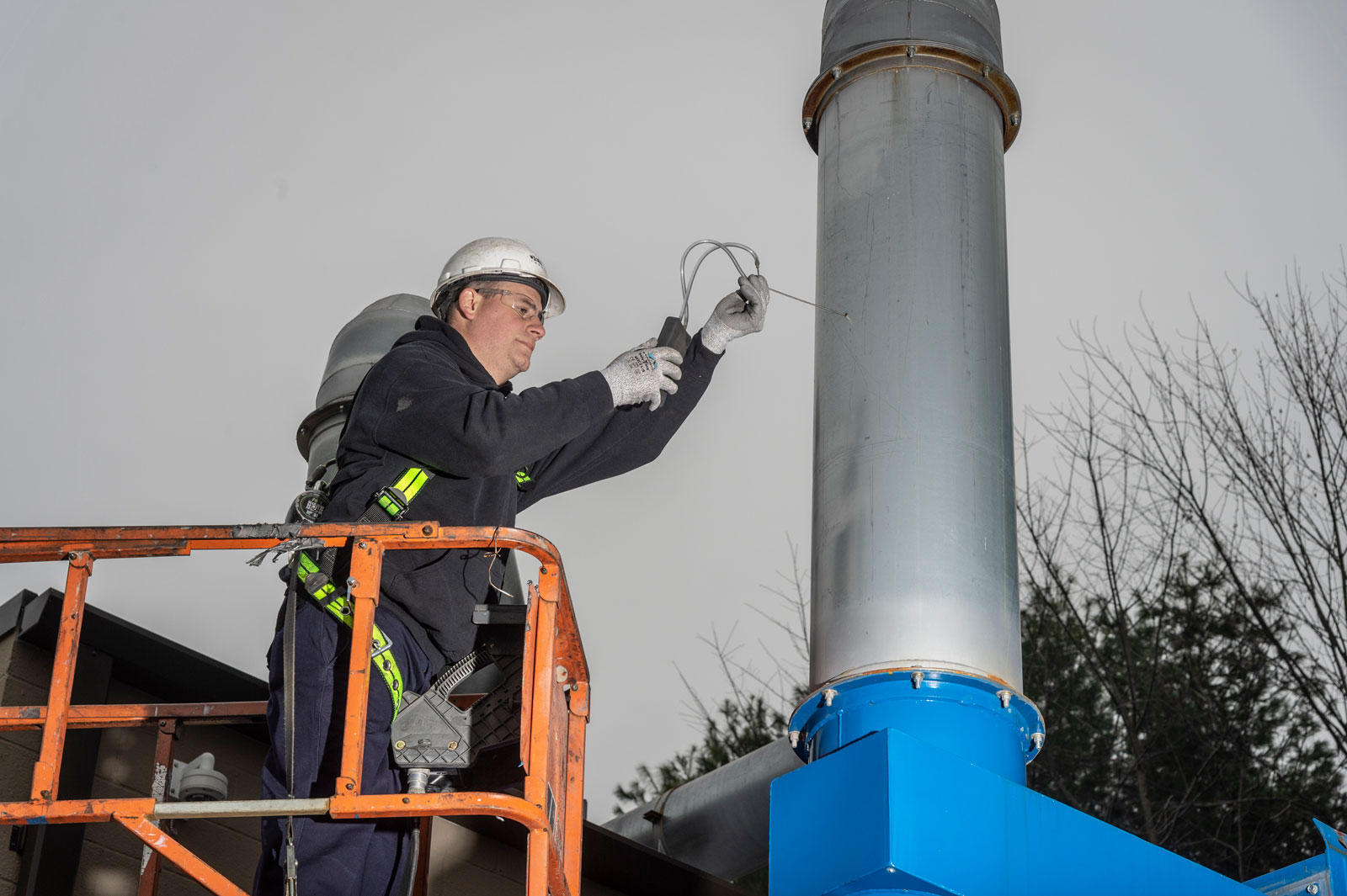 dust collector service technician reading